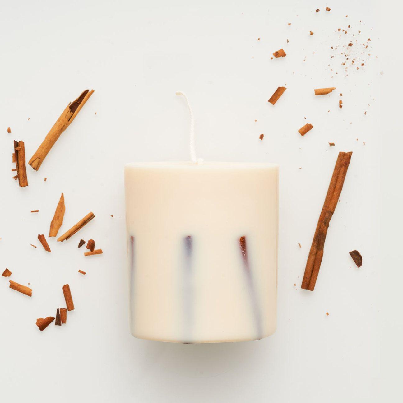 Cinnamon_candle_1296x