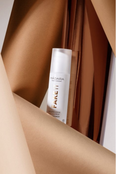 FAKE IT NATURAL LOOK SELF TAN MILK