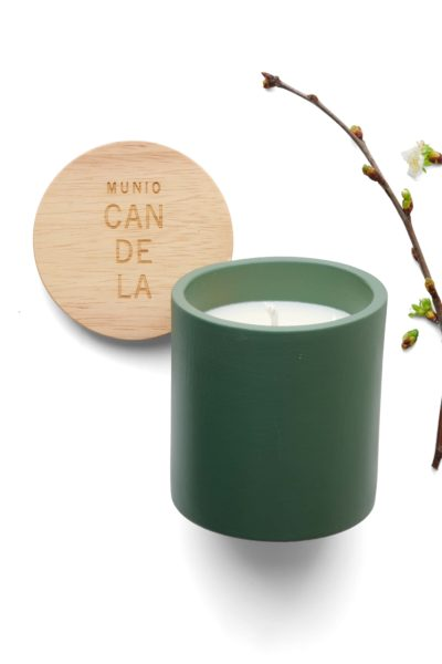 Apple blossom candle_2the-munio-giadadistributions