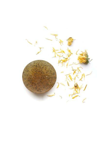Marigold organic scrub soap bar-the-munio-giada-distributions